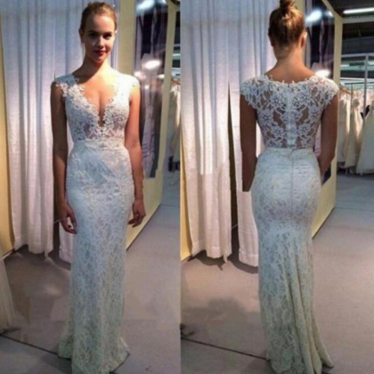 Customized White Lace Wedding Dress..