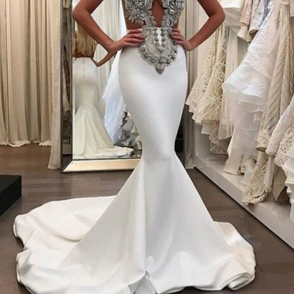 Stunning Mermaid Satin Wedding Dres..