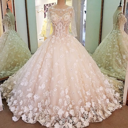 Luxury bridal gown with sleeves bea..