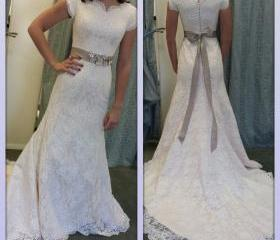 White Wedding Dresse..