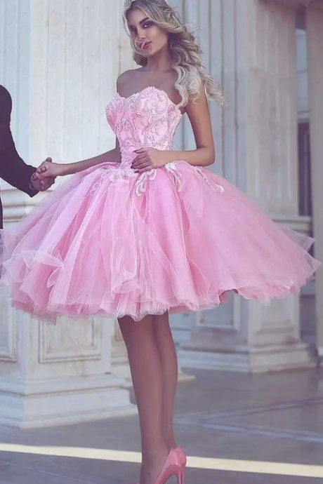 Pink Short Appliues Sweetheart-Neck Ball-Gown Homecoming Dresses