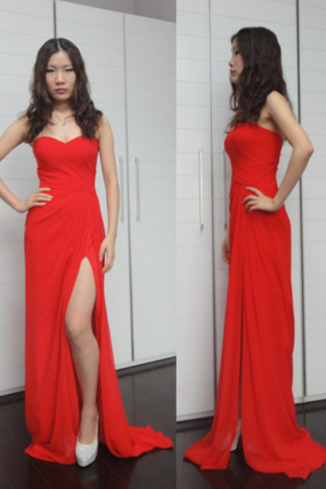 A line Prom Dresses,Princesses Prom Dress,Red Prom Gown,Slit Prom Gowns,Elegant Evening Dress,Modest Evening Gowns,Simple Party Gowns,Split Prom Dress