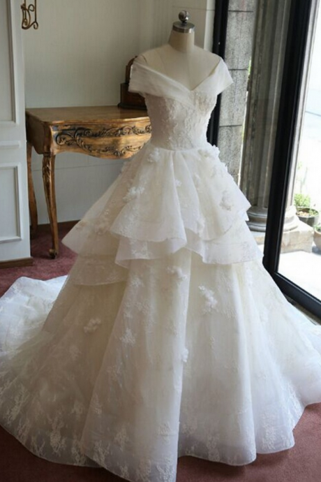 Off-the-Shoulder A-line Tiered Ruffles Wedding Dress with Lace Appliqués