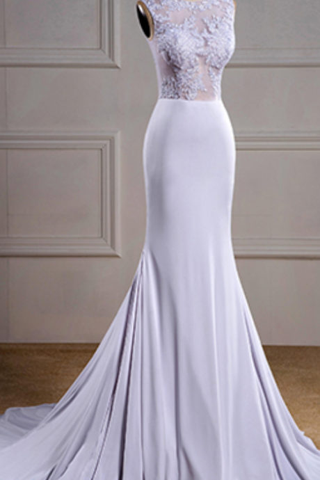 Sleeveless Crew Neck Mermaid Wedding Dress with Lace Appliqués