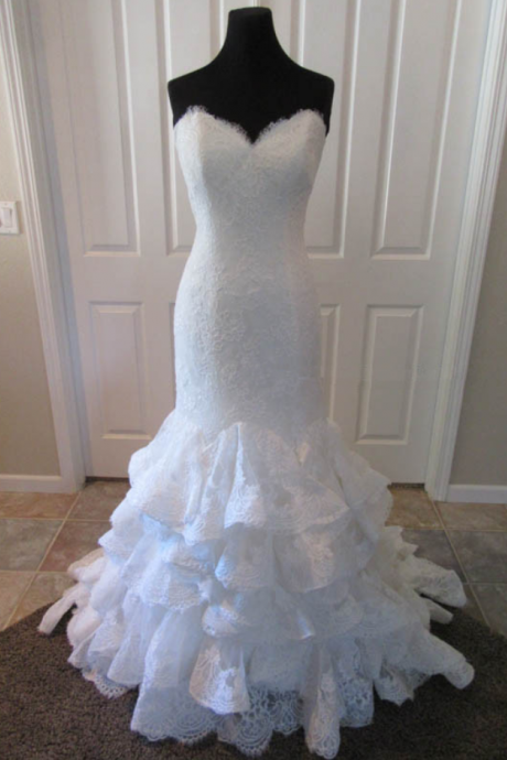 Sweetheart Mermaid Full-laced Wedding Dress With Layered Ruffles