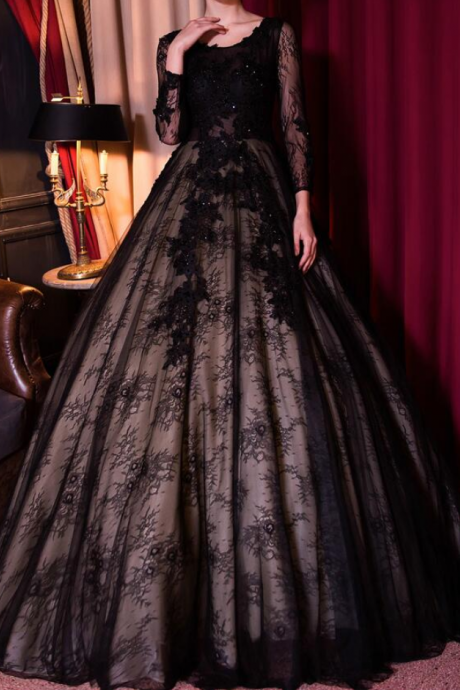 Gothic Vintage Black Lace Wedding Dresses With 3/4 Sleeves Beaded Lace Ball Gowns Non White Bridal Gowns Colorful Real