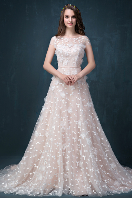 Luxury elegant tailing lace embroidery wedding dress