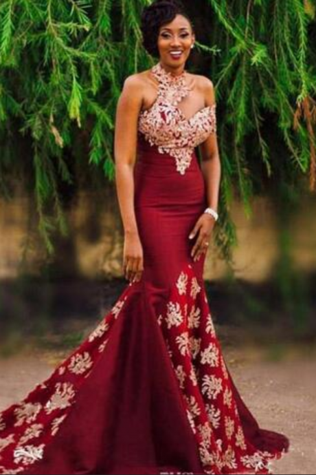Unique Burgundy High Neck Mermaid Evening Dresses Single Short Sleeve With Gold Appliques