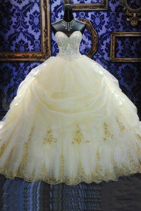 Luxury Ball Gown Sweetheart Appliques Cathedral Wedding Dress Bridal Gowns