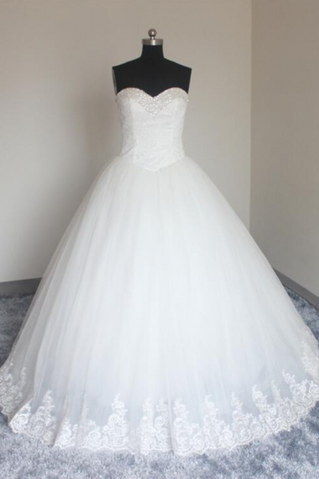 New Arrival Tulle Wedding Dresses Ball Gown Sweetheart Sweep/Brush Applique Top Beaded Bridal Gowns Quinceanera Dresses