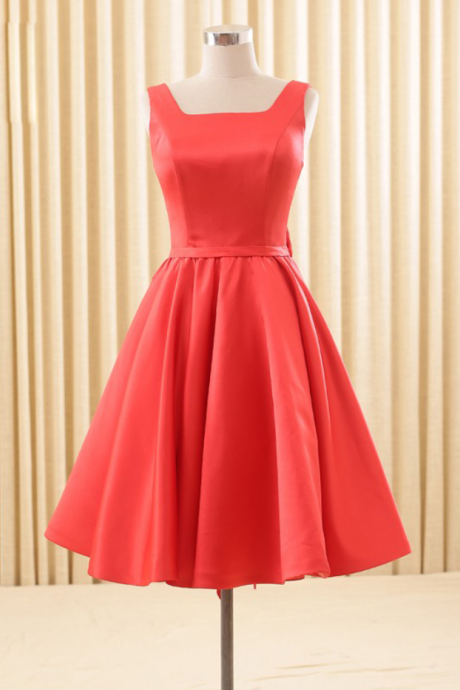 Elegant Satin Red School Homecoming Dresses Backless Bowknot Knee Length Short Cocktail Prom Bridesmaid Gowns