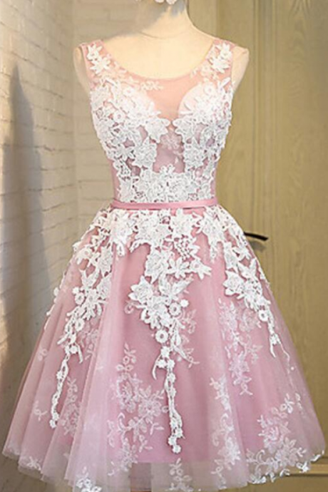 A-Line/Column Light Purple Homecoming Dresses Laced Up Off The Shoulder Lace O-neck Mini Homecoming Dress