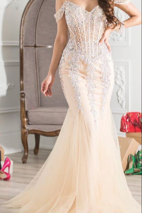 crystal prom dresses, sweetheart prom dresses, beaded prom dresses, off the shoulder prom dress, cheap evening dresses, sexy prom dress, arabic prom dresses, luxury prom dresses, sexy evening dresses