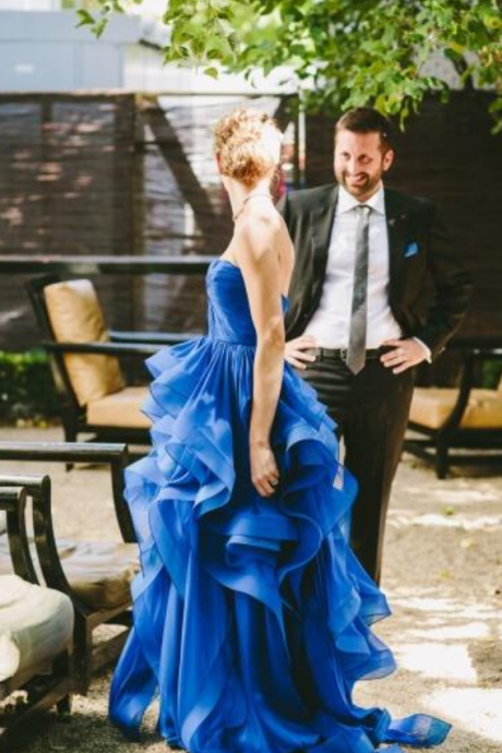 Sexy Prom Dresses,Strapless Runched Sweetheart Royal Blue Wedding Dress with Horsehair Trim Party Gown