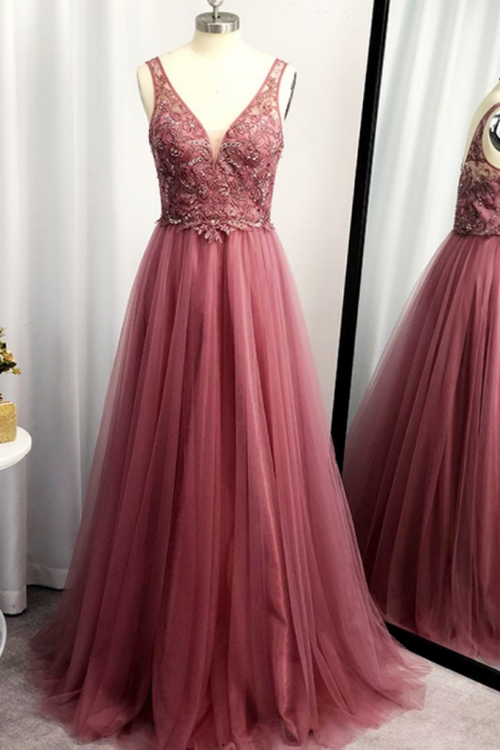 A-Line/Princess Sleeveless Tulle Floor-Length Applique V-neck Dresses