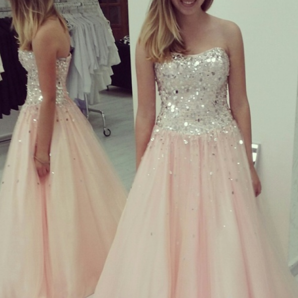 Pearl Pink Prom Dresses,Ball Gown Prom Dress,Strapless Prom Gown,Pink Prom Gown,Elegant Evening Dress,Tulle Evening Gowns,Party Gowns With Beading