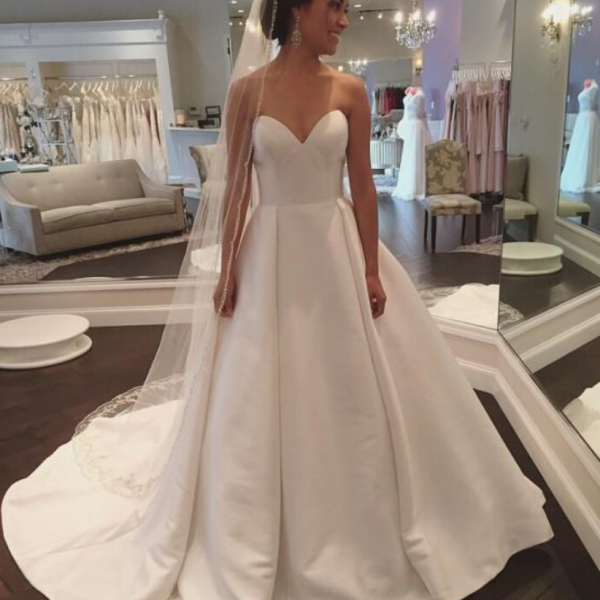 Wedding Dresses, Wedding Gown,White Sweetheart Satin Wedding Dress Simple and Claasic Formal Gowns Women Party Dresses