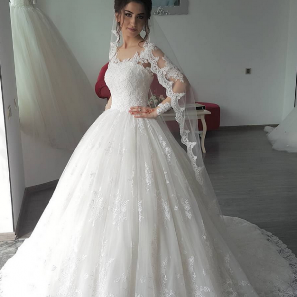 Charming Wedding Dress,Lace Wedding Dresses,Ball Gown Wedding Gown,Elegant Bridal Dress
