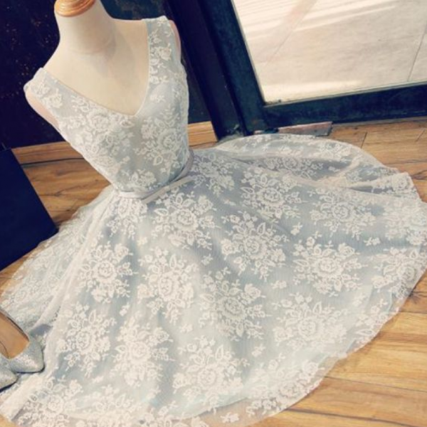 A-Line V-Neck Above-Knee Backless Light Blue Lace Homecoming Dress with Belt